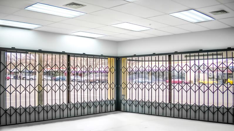 دربهای نردهای استیل-انواع درب ساختمانی