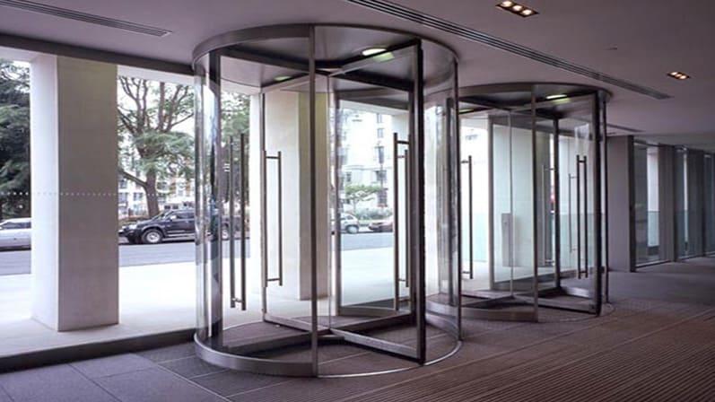 دربهای چرخان-انواع درب ساختمانی