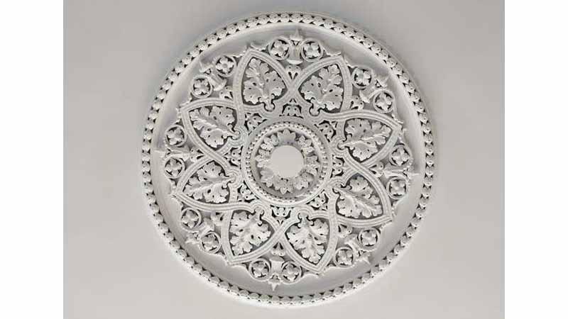 11. مدالیونهای سقف-خانه قدیمی