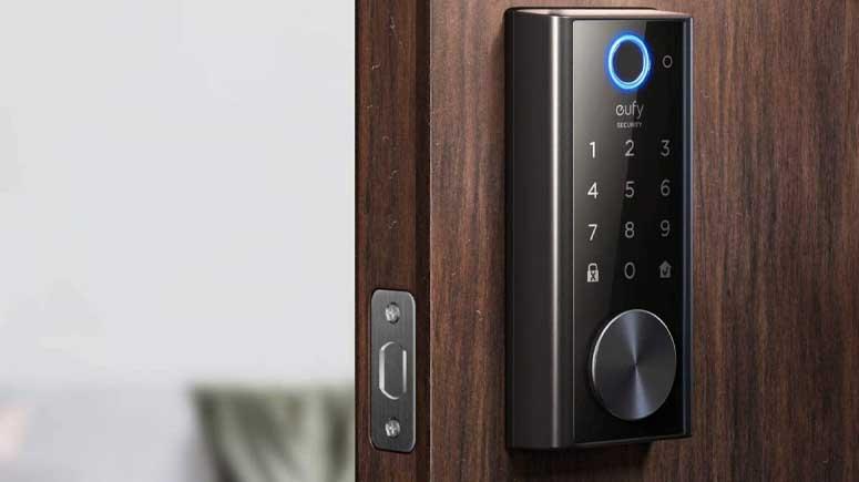 ۳. نصب قفل درب بدون کلید روشی آسان برای ایمنتر کردن درب ورودی-افزایش امنیت درب آپارتمان